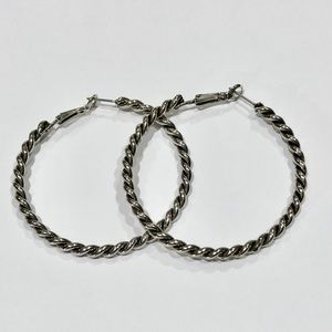 Jewelry - Silver Colored Twist Hoop Earnings